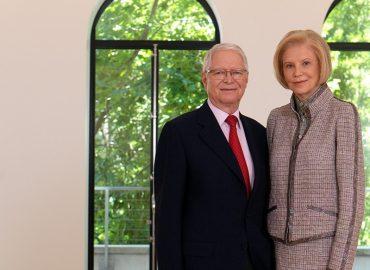 Ako sa zo slovenských emigrantov stali jedni z najznámejších filantropov na svete